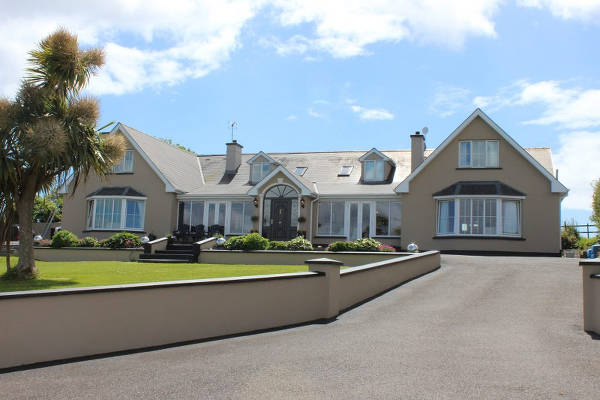 Gold Stars Are Awarded To The Top Houses In Each Category. Rivermount  House, Kinsale, Just Off The Main Road , Overlooking The Bandon River A  More Peaceful ...